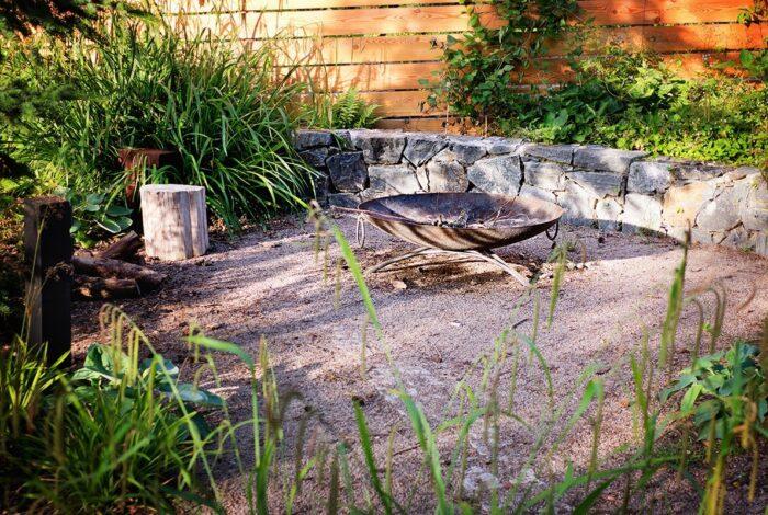 Práce zahradních architektů z atelieru Flera je hrou živlů, zeleně a designových prvků